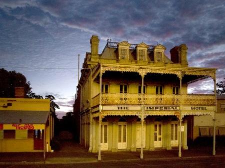 Castlemaine Oriental Hotel